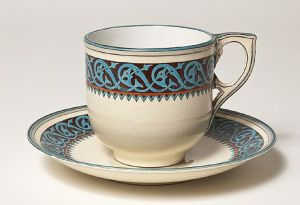 A tea cup is actually a fantastic hostess gift, now that I think about it. [Via Wikimedia Commons]
